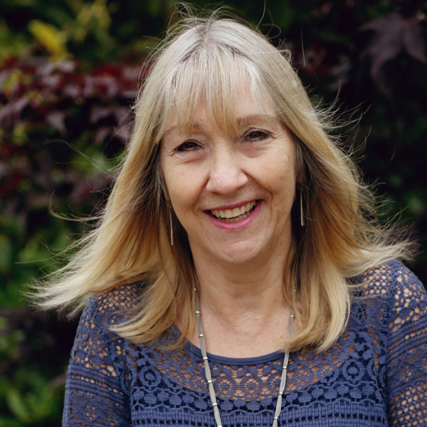 Linda Mogford retires